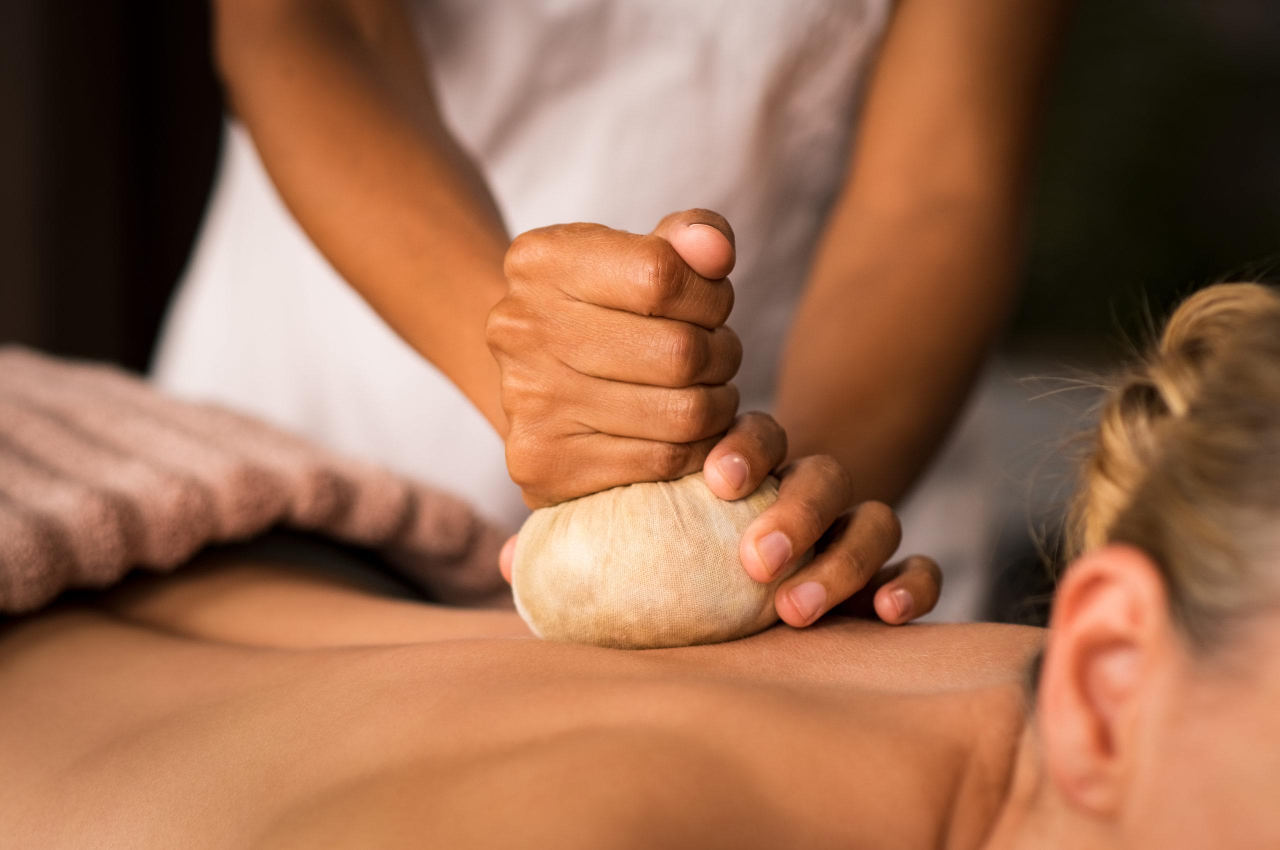 Formacion masaje ayurveda mataró